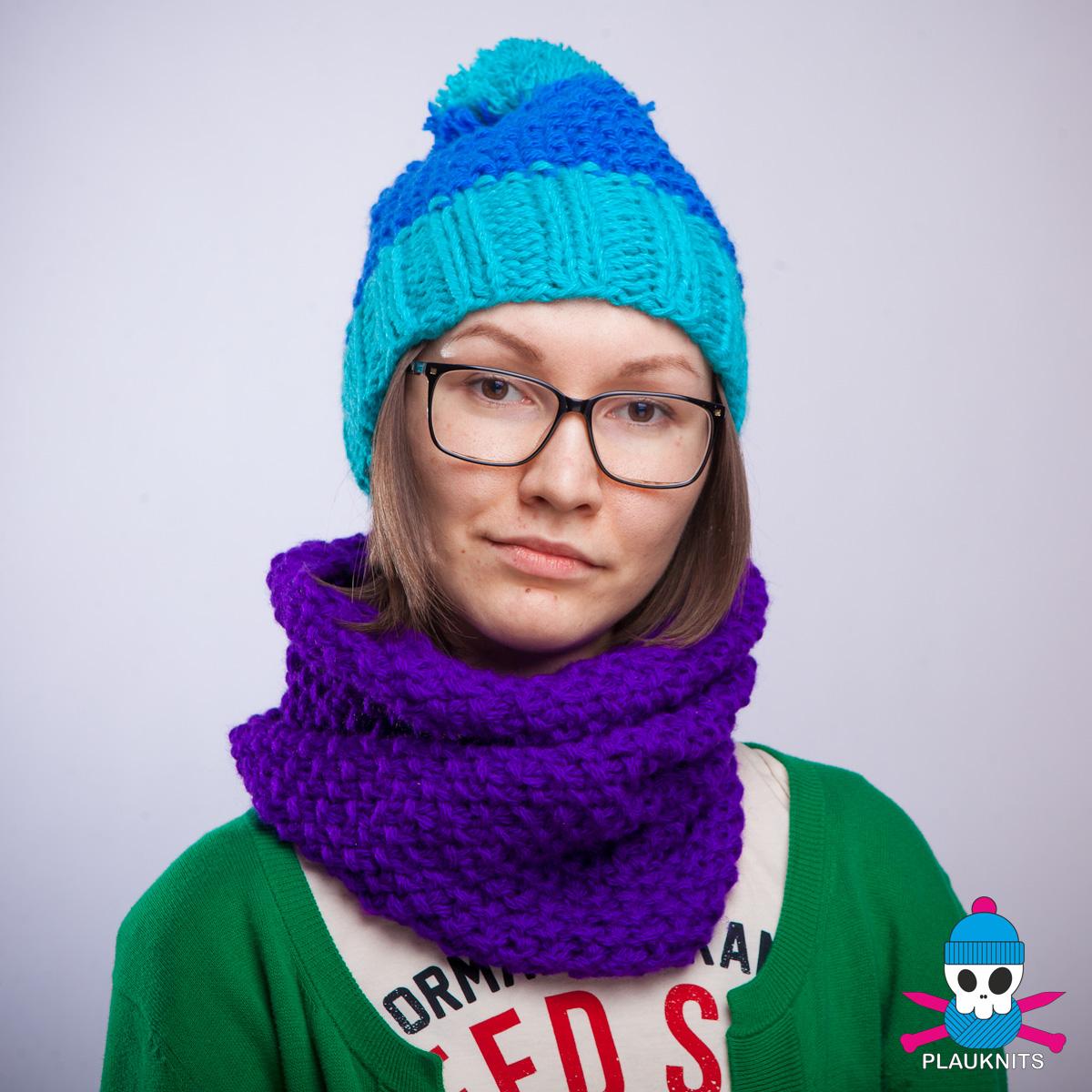 Фиолетовый вязаный шарф-снуд Моллекула