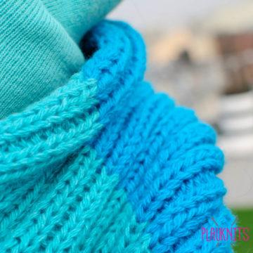 Бирюзовый вязаный шарф-снуд Трио