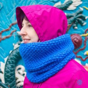 Синий вязаный шарф-снуд Моллекула