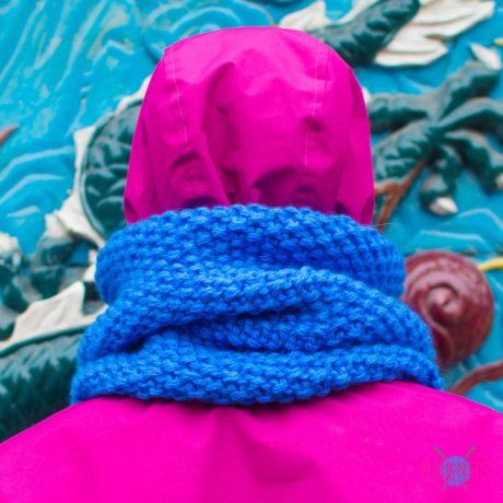 Синий вязаный снуд ручной работы Моллекула
