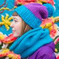 Сиренево-синий вязаный комплект шарф-снуд и шапка