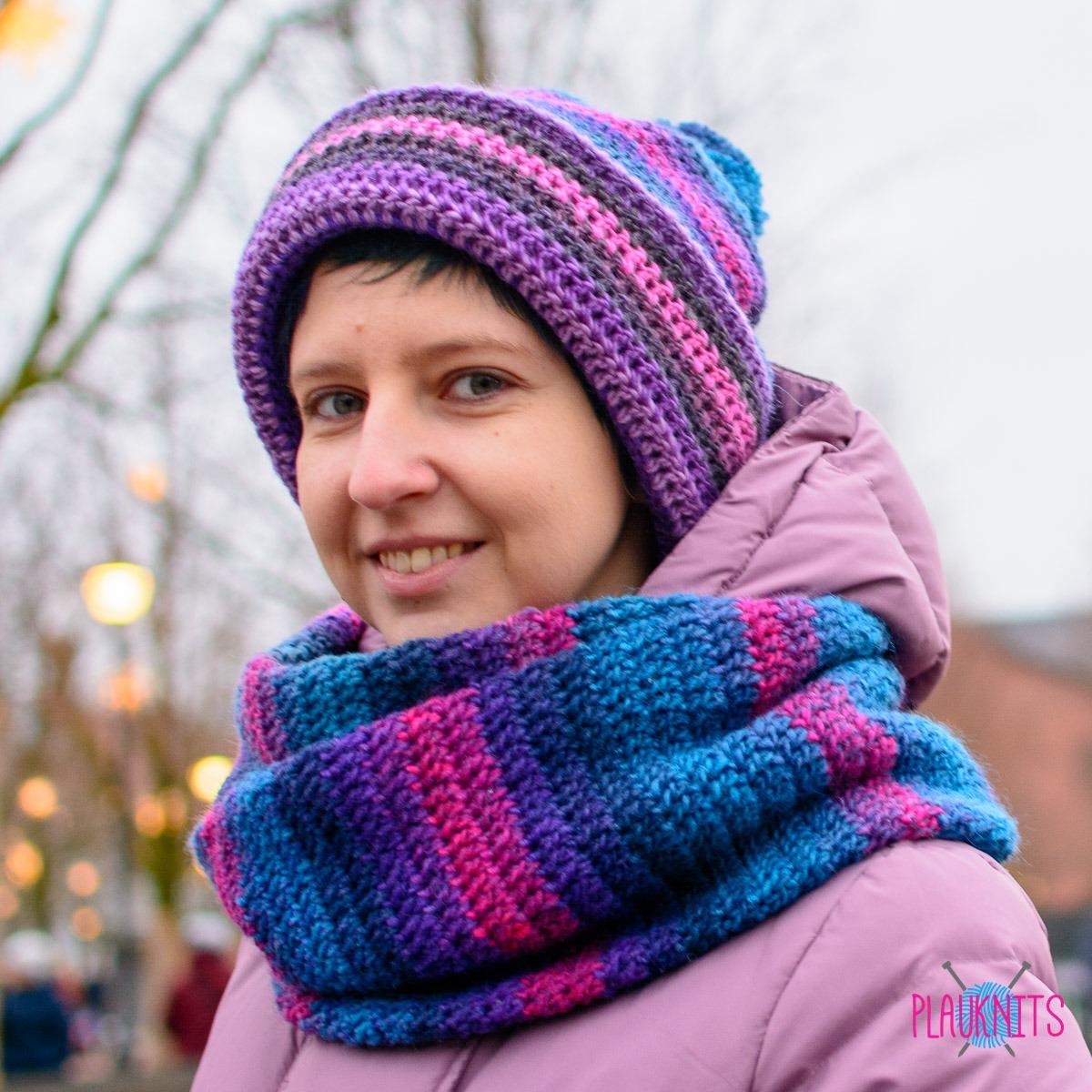Вязаный комплект шарф-снуд и шапка с помпоном Звёздное небо