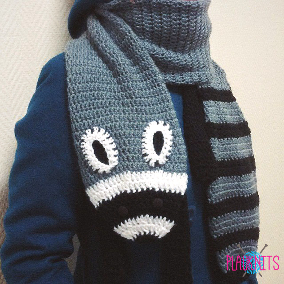 Вязаный шарф Енот ручной работы