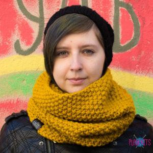 Горчичный вязаный шарф-снуд ручной работы Моллекула