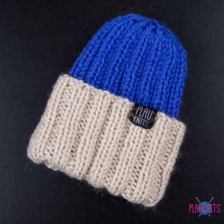 Бежево-синяя шапка с подворотом из кашемира Симпл